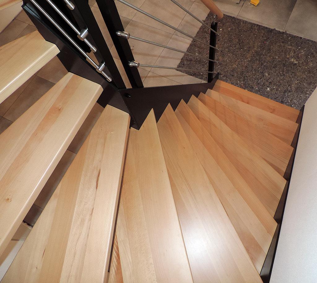 Preiswerte Treppen aus polnischer Treppenherstellung