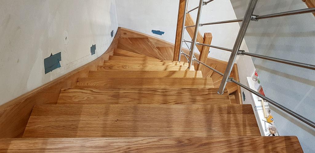 Exotisches Holz für Teppen