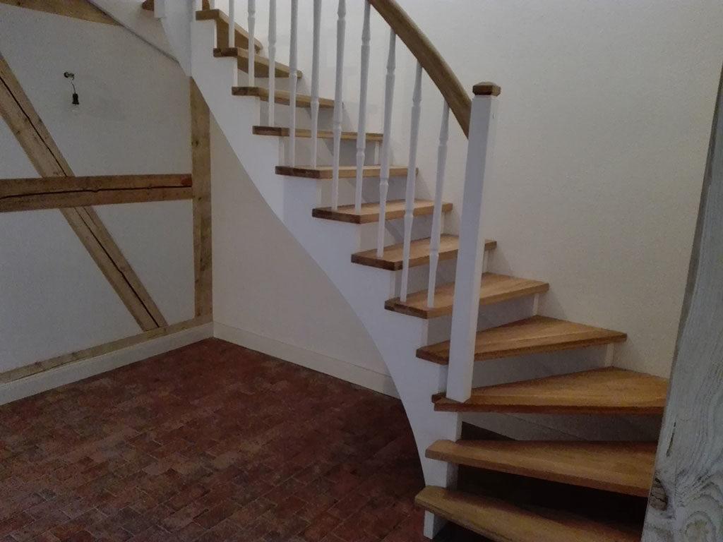 Renovierung von Holztreppen bei Altersschäden